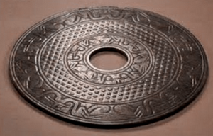 dropa-disc-stone-img33