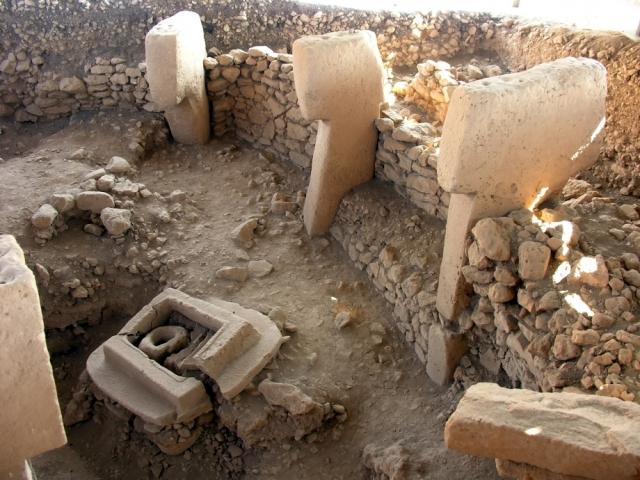 Gobekli-Tepe-altester-Tempel-der-Welt_1334447027