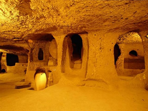 Derinkuyu-Underground-City-Turkey